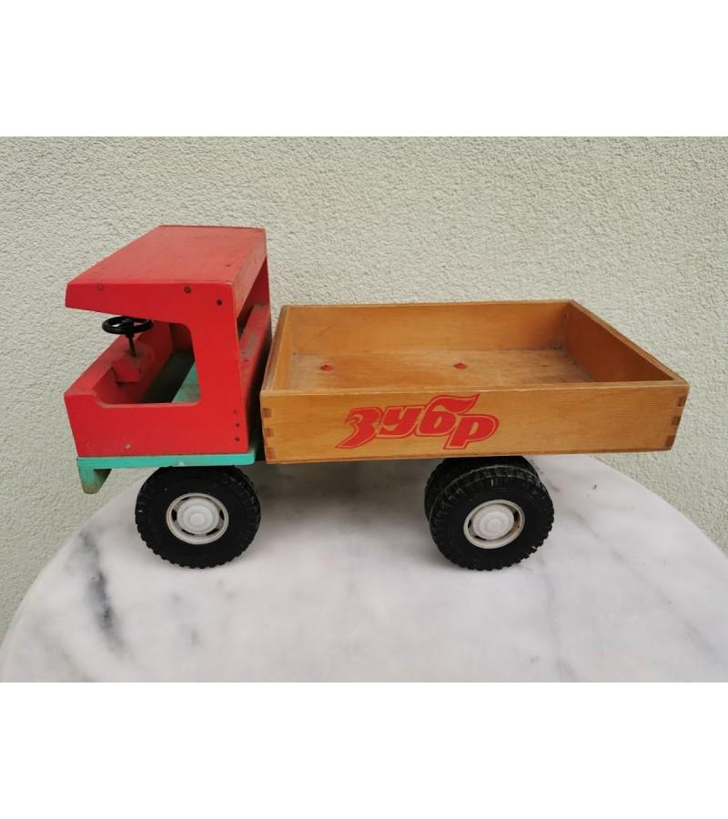 Mašina, sunkvežimis medinė, tarybinių laikų, didelė. Kaina 127