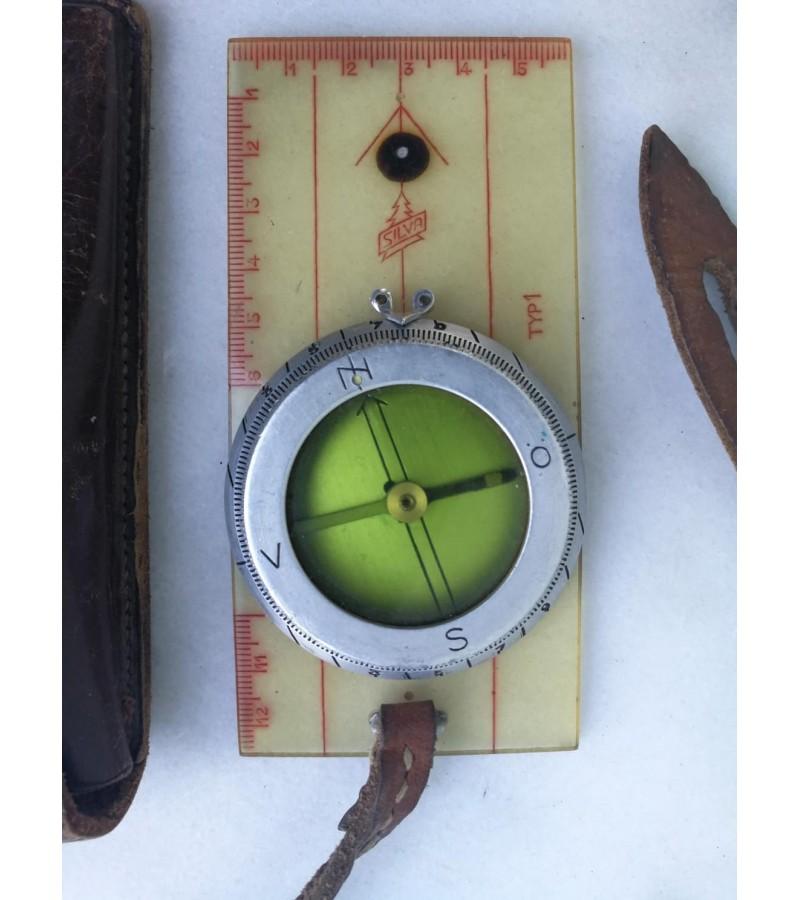 Kompasas SILVA originaliame dėkle, antikvarinis. Kaina 37
