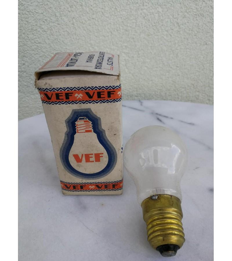 Lemputė antikvarinė Valsts Elektrotehniska Fabrika VEF light bulb. Šviečianti. Kaina 28