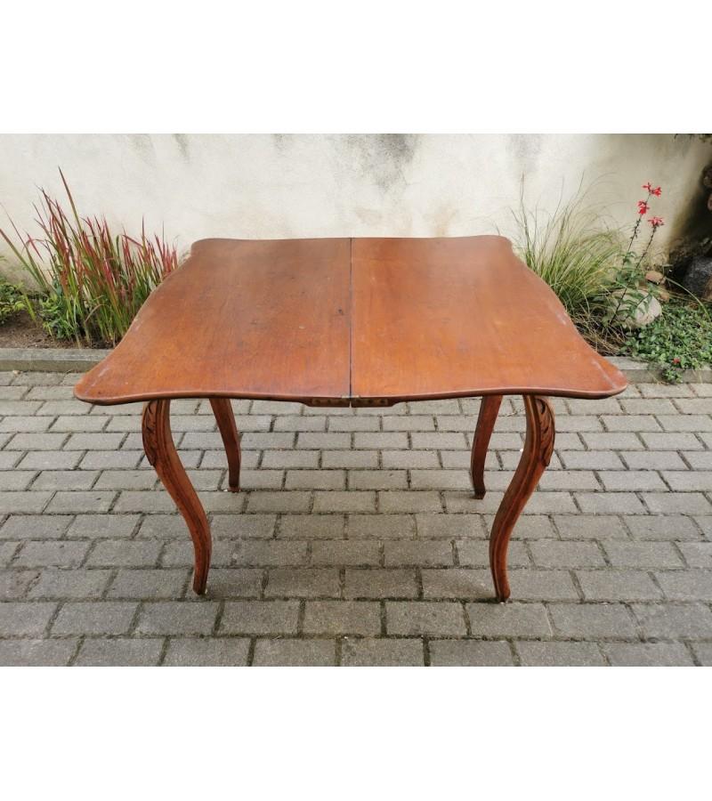 Stalas konsolė, lošimų staliukas išskleidžiamas, antikvarinis. Tvirtas. Kaina 238