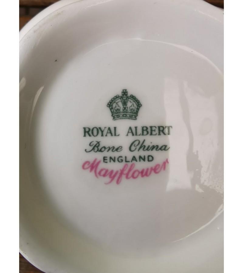 Servizas porcelianinis Royal Albert Bone China England Mayflower. 6 asmenims. Puodelio talpa 130 ml. Kaina 227 už viską