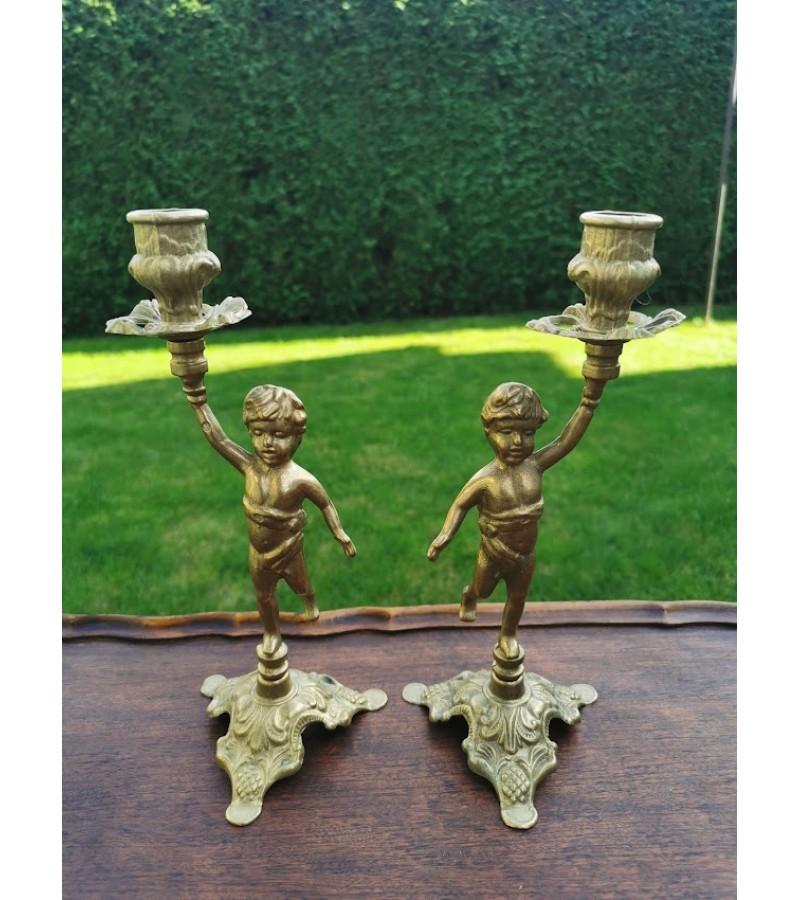 Žvakidės bronzinės, antikvarinio stiliaus - berniukai. 2 vnt. Svoris po 500 g. Kaina po 38