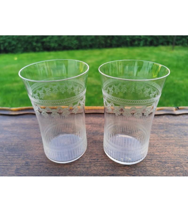 Stiklinės antikvarinės, graviruoto stiklo, Viktorijos laikų. Anglija. 2 vnt. Kaina po 13
