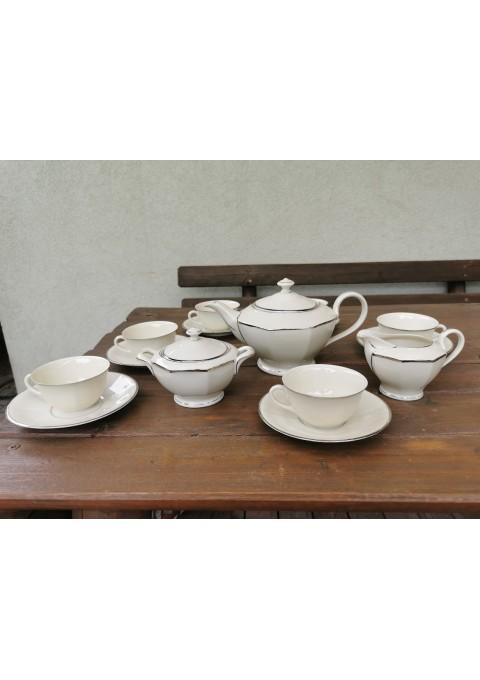 Servizas porcelianinis, dramblio kaulo spalvos, antikvarinis 6 asmenims. RFH Czechoslovakia. Puodelio talpa 150 ml. Kaina 168 už viską.