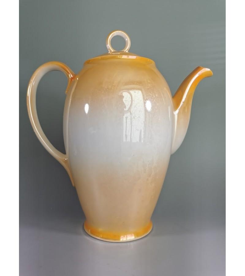 Kavinukas, arbatinukas porcelianinis, tarpukario laikų Victoria China Czechoslovakia. Kaina 28