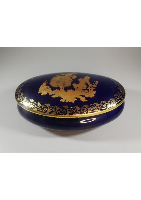 Dėžutė porcelianinė Porcelaine de  Limoges. Made in France, konalto spalvos. Kaina 33