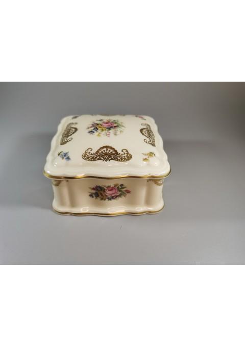 Dėžutė porcelianinė Rosenthal Bahnhof Selb Germany Chippendale. dramblio kaulo spalvos. Kaina 52