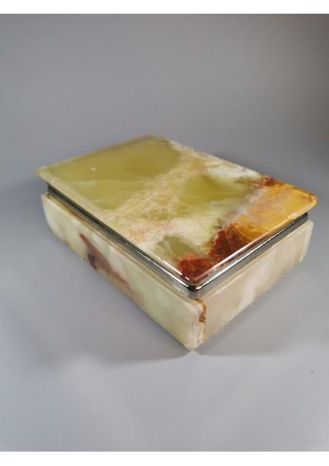 Dėžutė akmeninė, onikso. Kaina 28