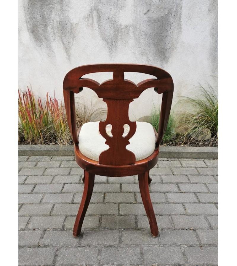 Kėdė, krėslas Gothenburg, antikvarinis, tvirtas. Kaina 173.