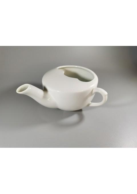 Gertuvė tarpukario laikų, antikvarinė porcelianinė ligoniams. Fabrikas Kuznecovs. Kaina 26