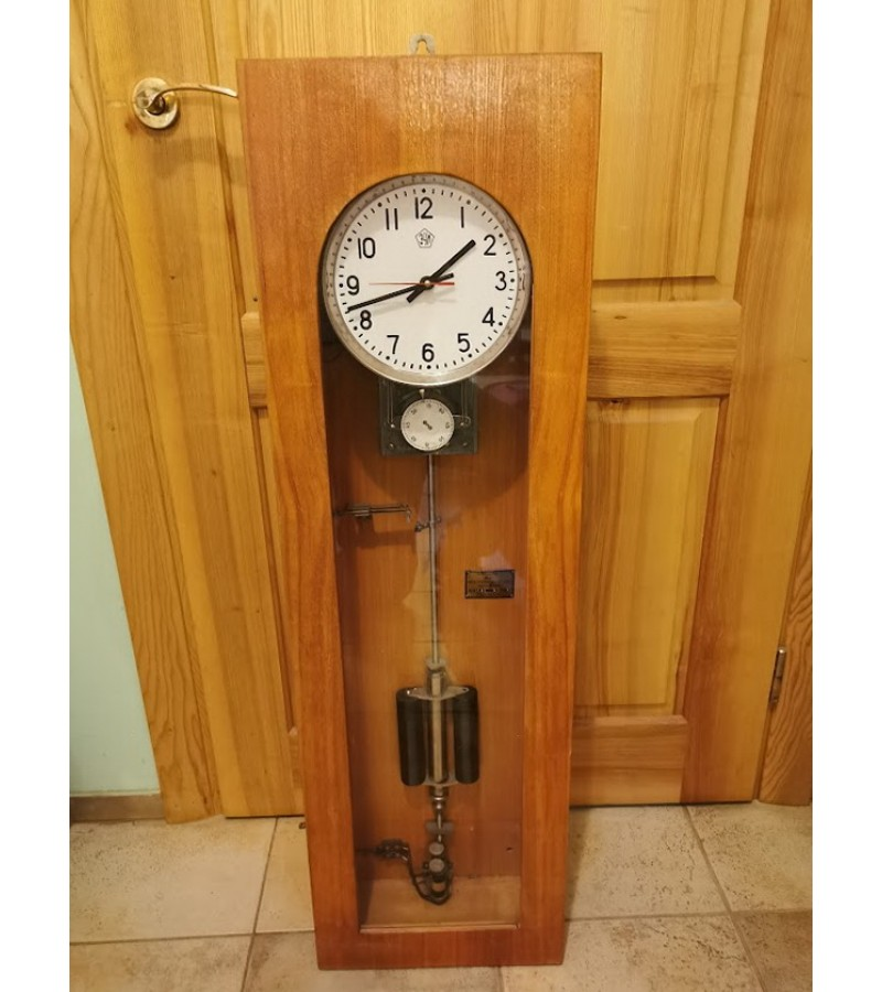 Laikrodis elektroimpulsinis ЗЧЛ, tarybinis, 1966 m. Įdėtas kvarcinis mechanizmas. REZERVUOTA