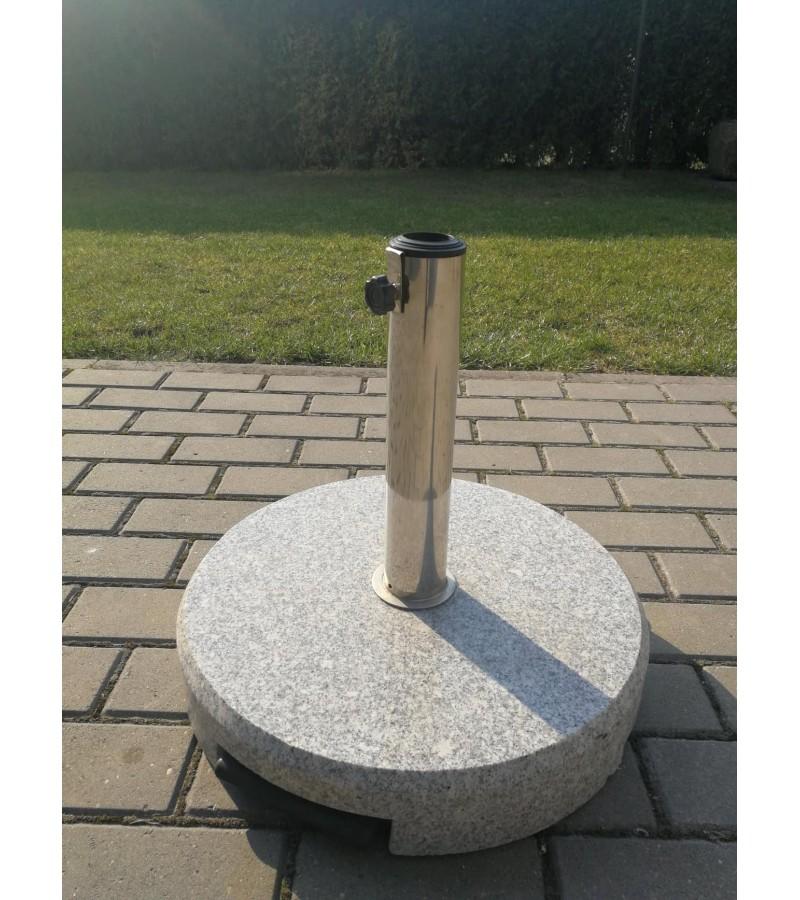 Stovas skėčiui ar pan., vokiškas, granito akmeninis, transportuojamas su ratukais, 40 kg. svorio. Kaina 62