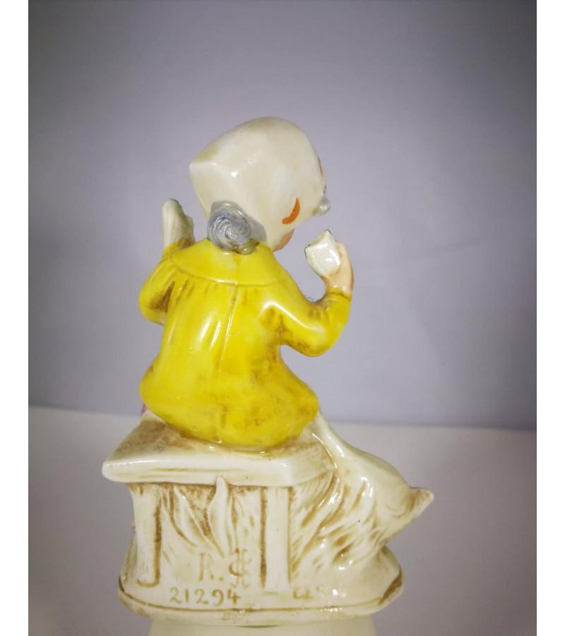 Statulėlė porcelianinė Mergaitė su žąsim. Vokietija. Kaina 32
