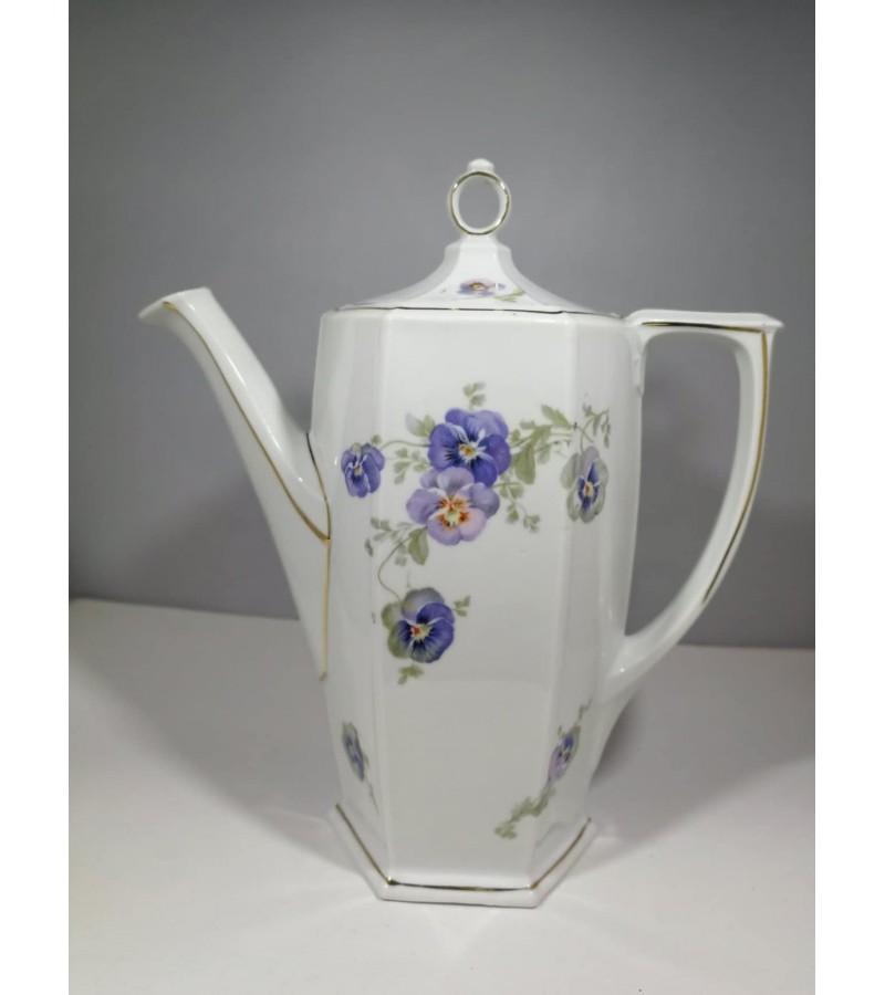 Arbatinis, kavinukas porcelianinis tarpukario. Čekoslovakija. Kaina 17