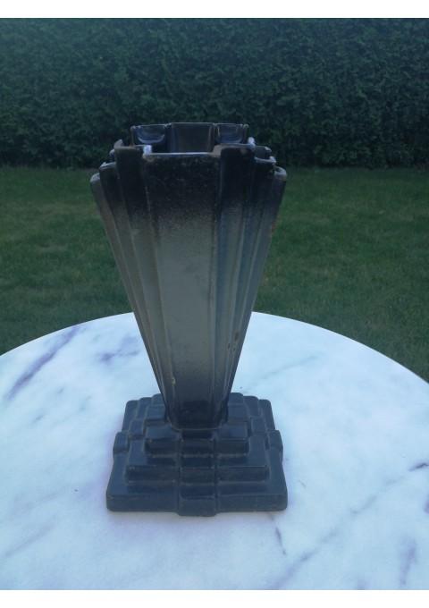 Vaza Art Deco, ketaus (špižinė), antikvarinė. Kaina 42