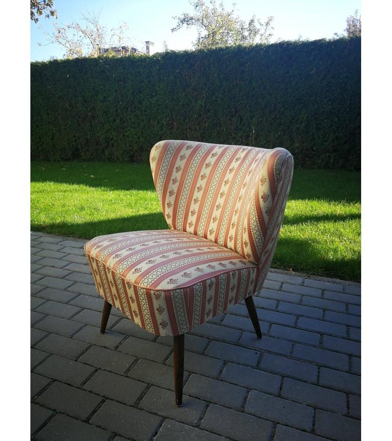 Fotelis vintažinis. Kaina 92