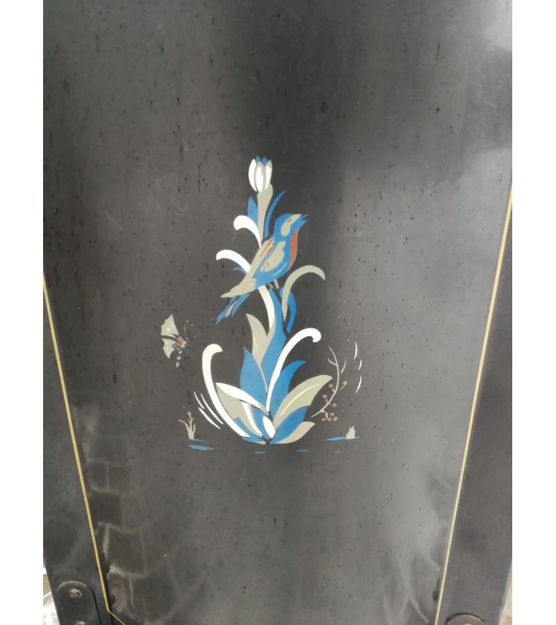 Širma židinio antikvarinė, metalinė, tapyta. Kaina 63