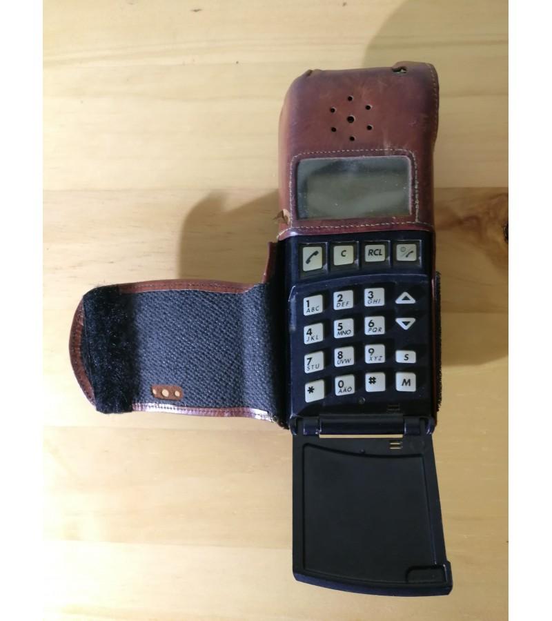 "Telefonas ""plyta"" vintažinis mobilus Ericsson 1513. Kaina 28"