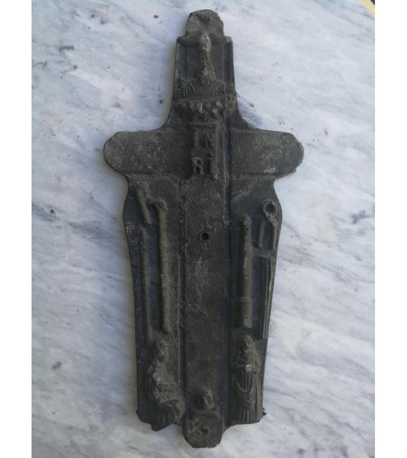 Kryžius, plaketė religinė, antikvarinė. Kaina 22