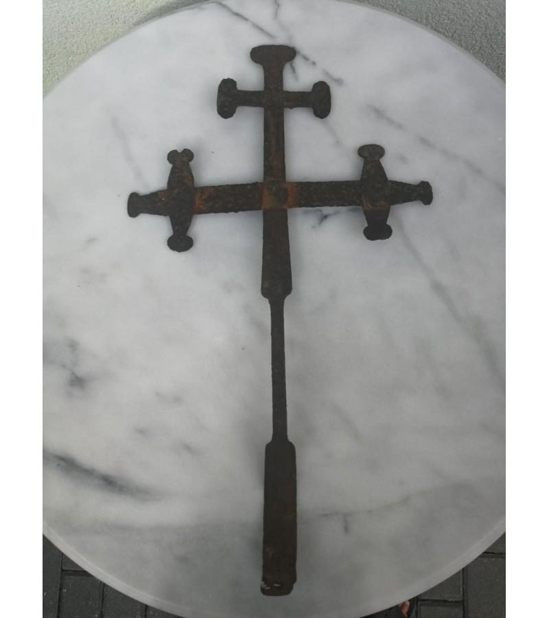 Kryžius kaltinis, antikvarinis. Kaina 32