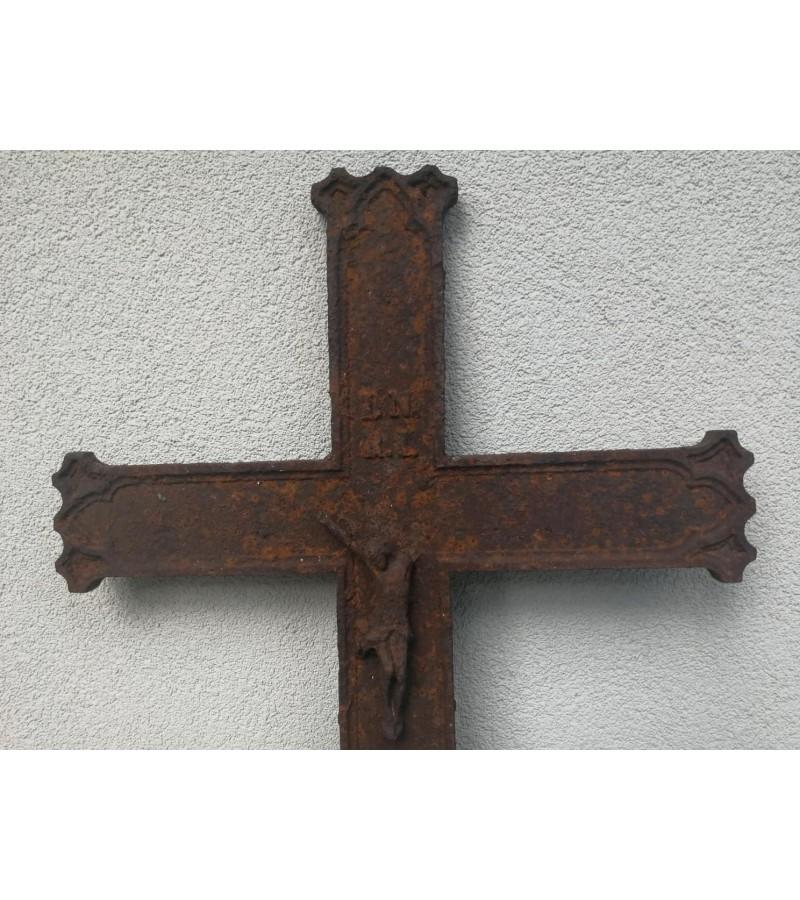 Kryžius antikvarinis ketaus, špižinis. Kaina 32