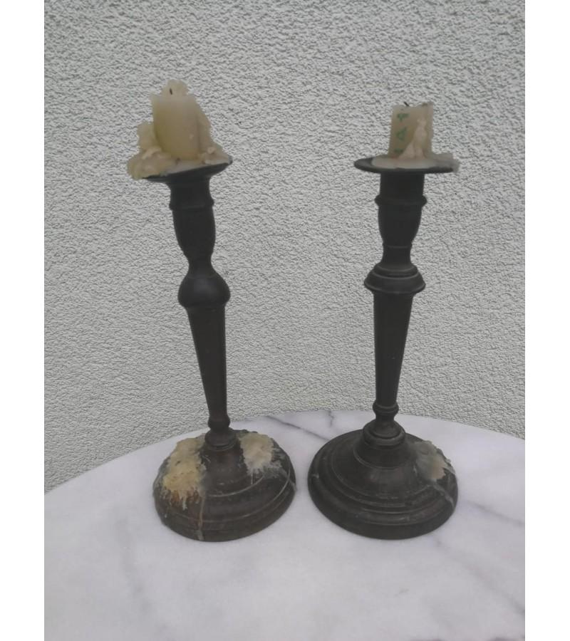 Žvakidės žalvarinės, antikvarinės. 2 vnt. Kaina po 13