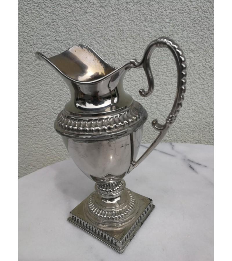 Indas grietinėlei antikvarinis. Joh. Engstrom. Kaina 18