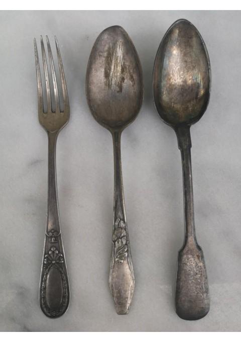 Stalo įrankiai antikvariniai. Kaina 6 už visus.