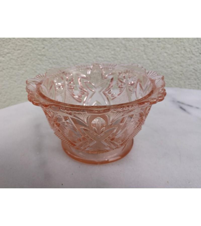 Indas rausvo stiklo, saldaininė, antikvarinis. Kaina 8