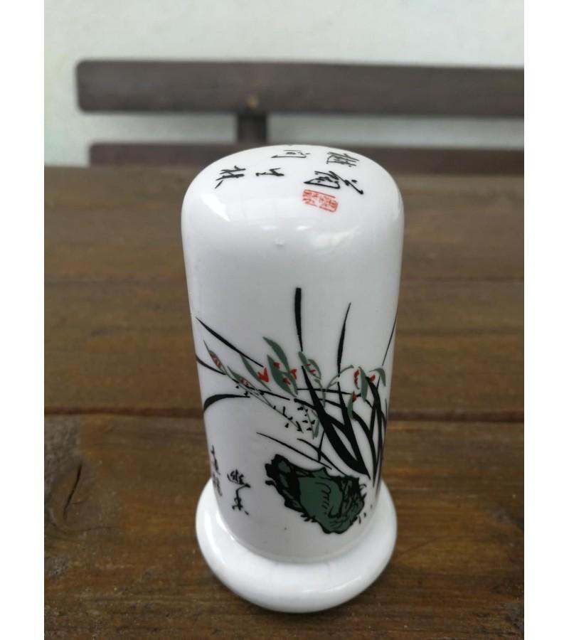 Dantų krapštukų indas glazūruotas. Kinija. Kaina 11