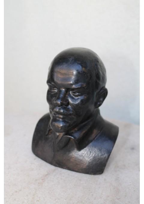 Lenino biustas, Kusa fabriko. Kaina 57 Eur.
