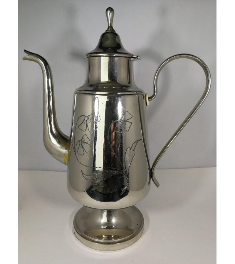 Arbatinis/kavinukas antikvarinis. Kaina 22