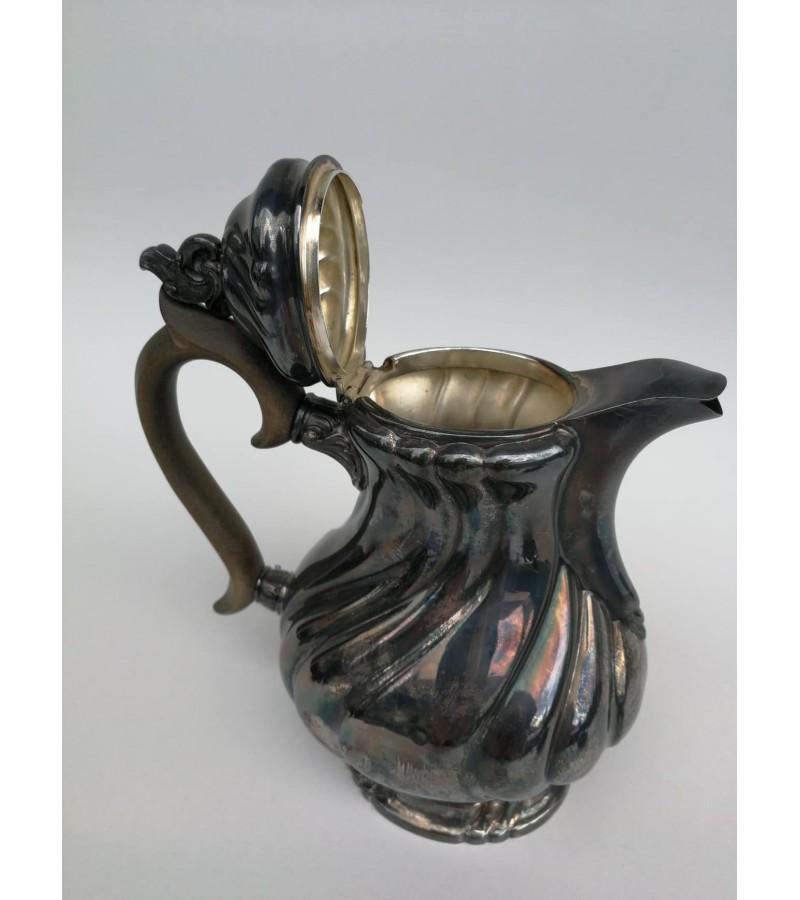 Arbatinis/kavinukas antikvarinis, sidabruotas. Kaina 23