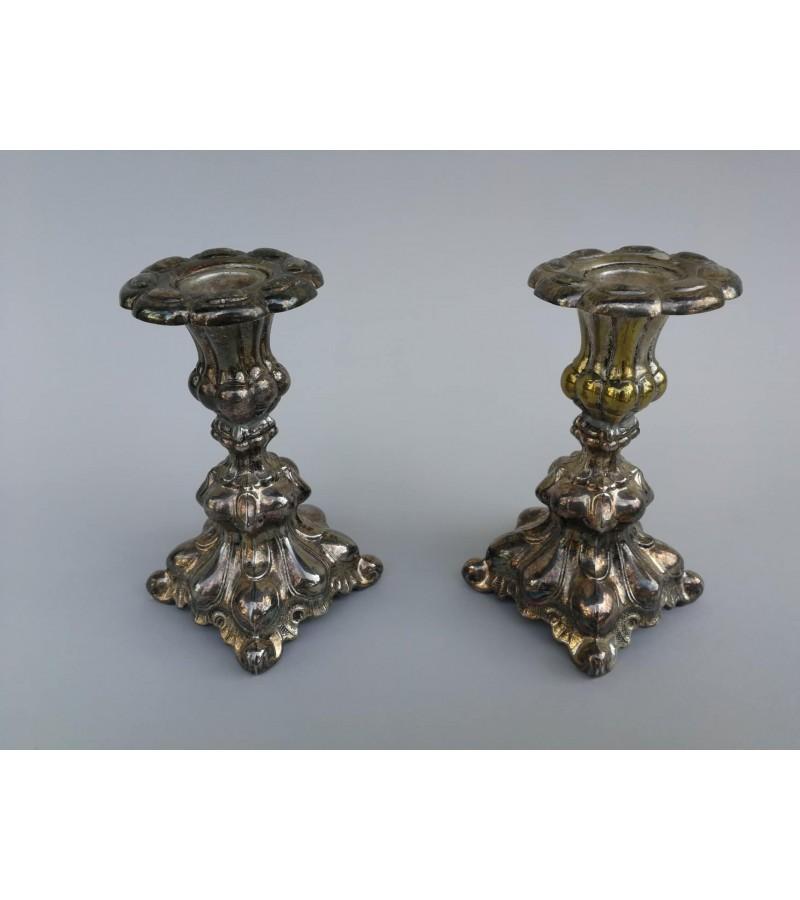Žvakidės antikvarinės, sidabruotos, 2 vnt. Kaina 42 už abi.