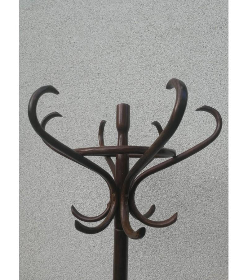 Thonet kabykla. Kaina 138