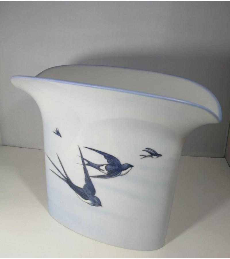 Vaza porcelianinė, vintažinė. Vokietija. Kaina 28
