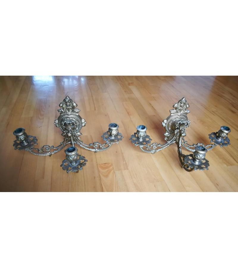 Žvakidės trijų šakų antikvarinės, bronzinės, masyvios. 2 vnt. Kaina 92 už abi.