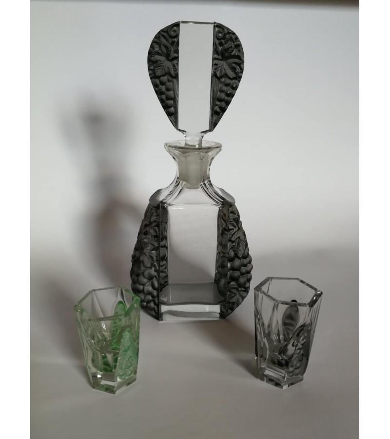 Art Deco Bohemia Cut Glass Decanter Set by Curt Schlevogt c 1920. Komplektas: grafinas ir 2 stikliukai. Kaina 152