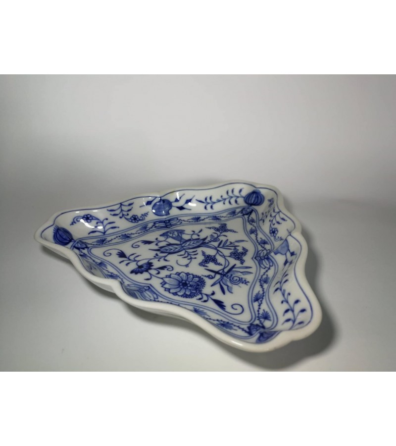 Meissen porcelianinė lėkštė. Kaina 47