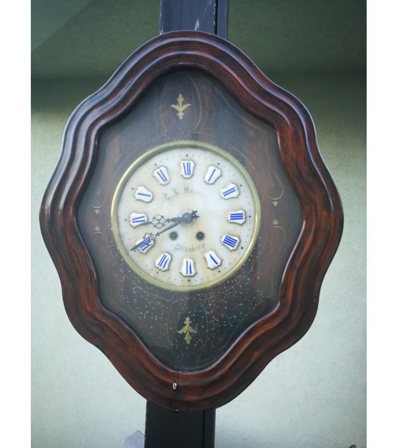 Laikrodis antikvarinis, apie 1890 m. Kaina 187
