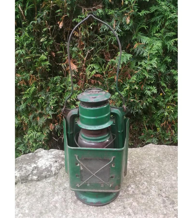 Geležinkeliečių žibintas, lempa žibalinė žalia. Kaina 42