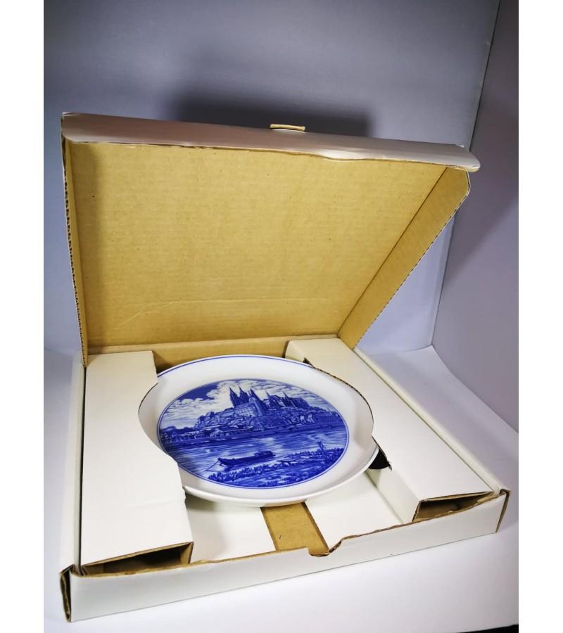 Lėkštė Meissen 1976 m. originalioje pakuotėje. Kaina 42