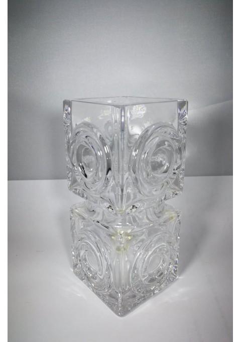 Vaza vintažinė, stiklinė. Kaina 28