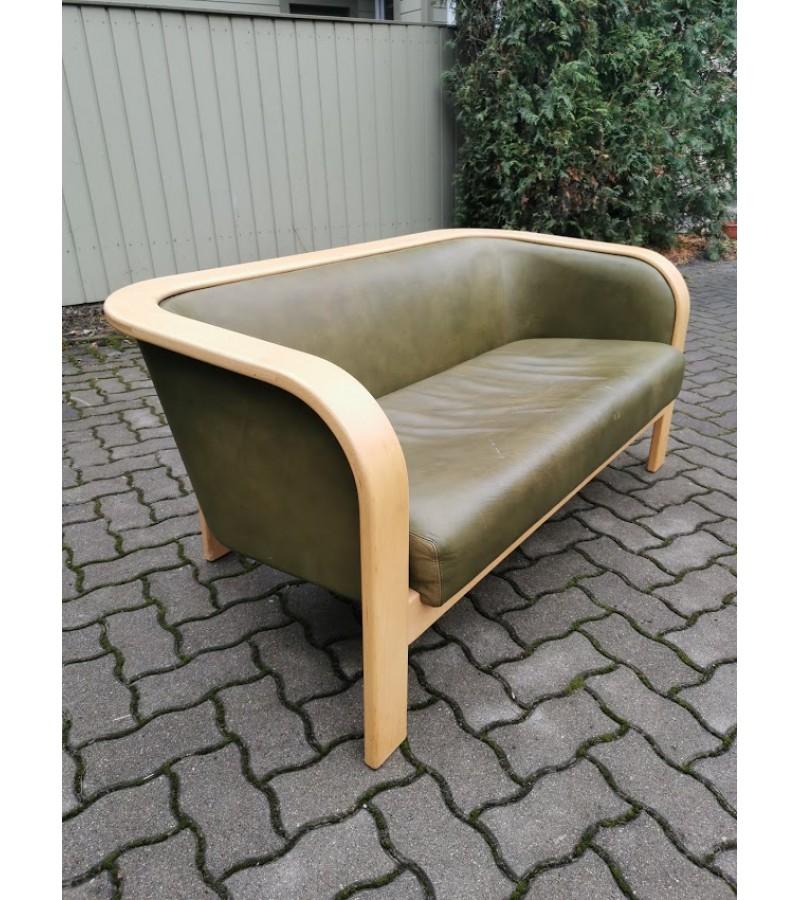 Sofa, kanapa natūralios odos skandinaviško stiliaus. Kaina 157