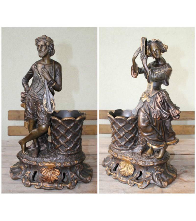 Antikvarinės muzikantų statulos-vazos. Kaina 625 Eur. už abi