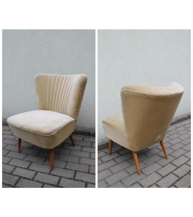 Fotelis vintazinis. 1950 m. cocktail chair stiliaus. Kaina 132 Eur.