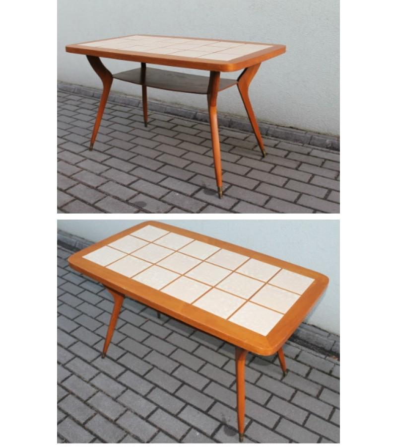 Vintazinis stilingas stalas. Kaina 102 Eur.