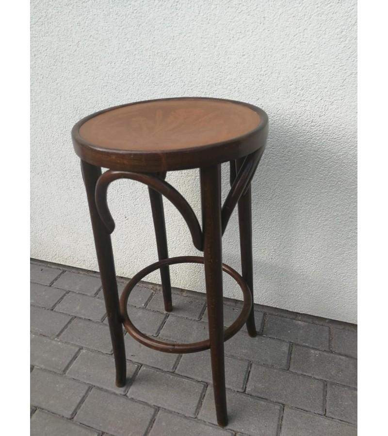 Baro Thonet kėdė. Kaina 67