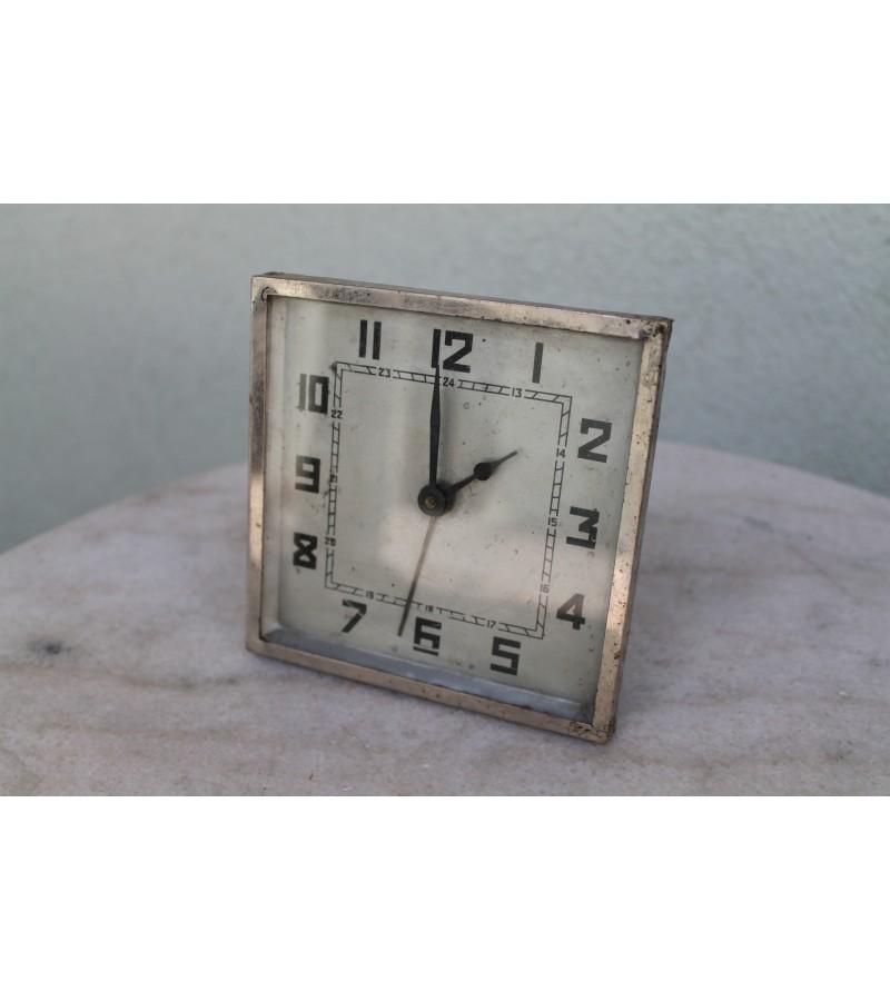 Laikrodis antikvarinis, Art Deco stiliaus. Kaina 21 Eur.