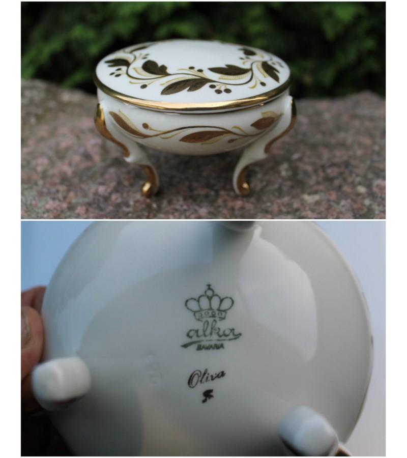 Porcelianine dezute. Kaina 27 Eur.